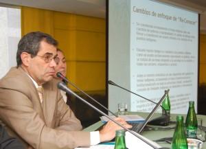 Seminario con Universidades y ONGs, exposición de Rodrigo Egaña, 5 de mayo de 2009